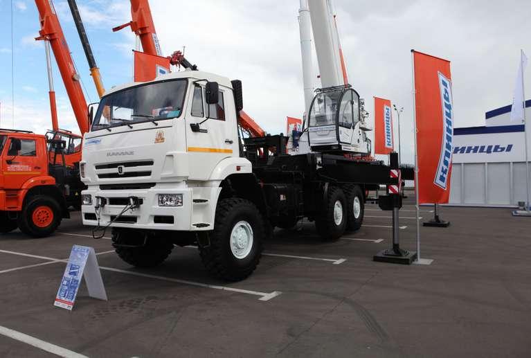 Автокран КС-65719-5К на шасси КАМАЗ-65222