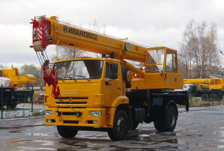 Автокран ИВАНОВЕЦ КС-35714К-3 (ОВОЙД) на шасси КАМАЗ-53605