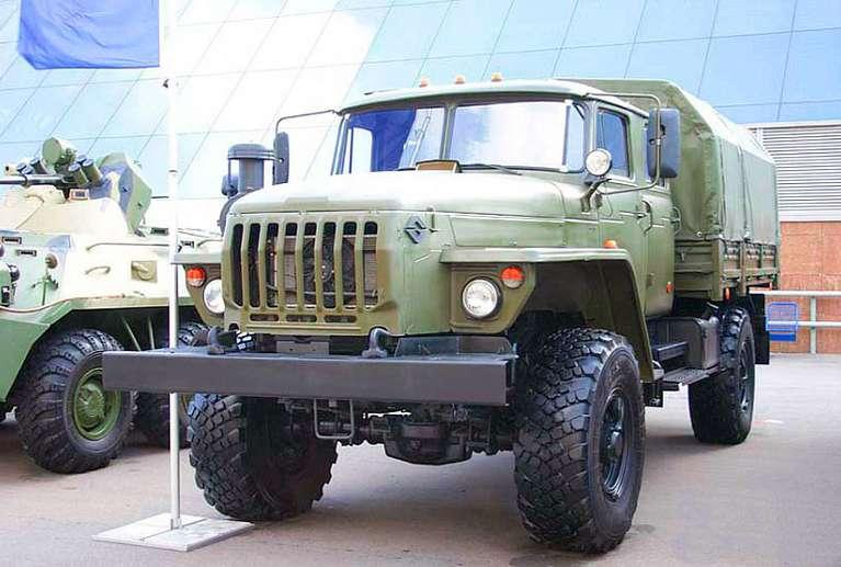 Бортовой автомобиль Урал 43206