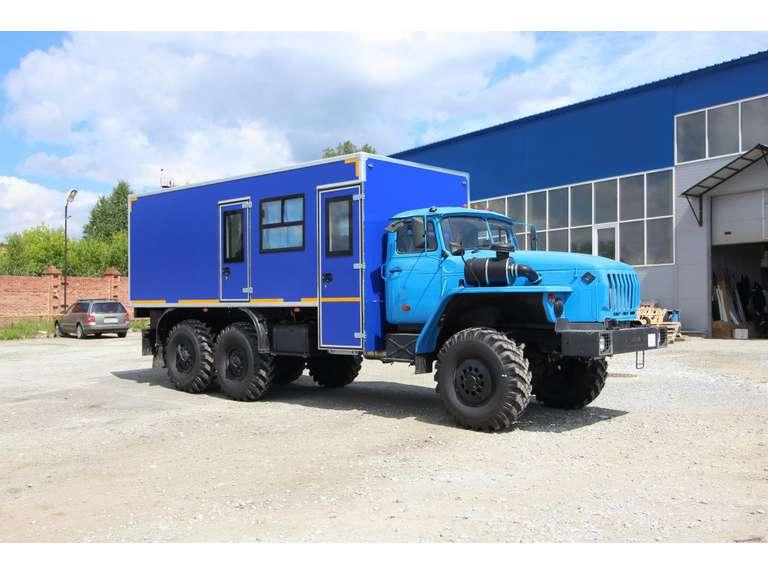Вахтовый автобус Урал 4320 (с грузовым отсеком) (8 мест)