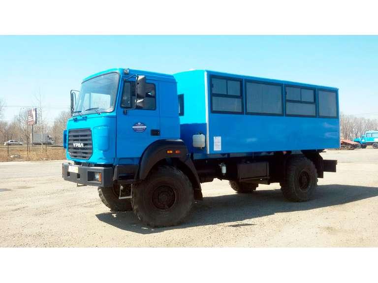 Вахтовый автобус Урал 32552 бескапотный