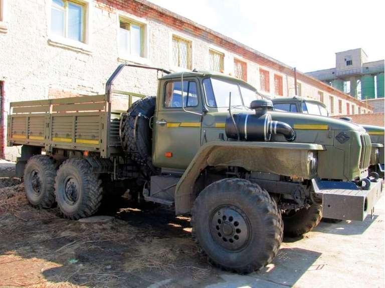 Бортовой автомобиль Урал 4320-61Е5