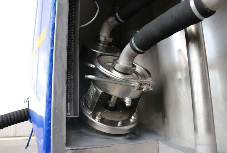 Автоцистерна АЦПТ-9,5 на шасси КАМАЗ 43118-50