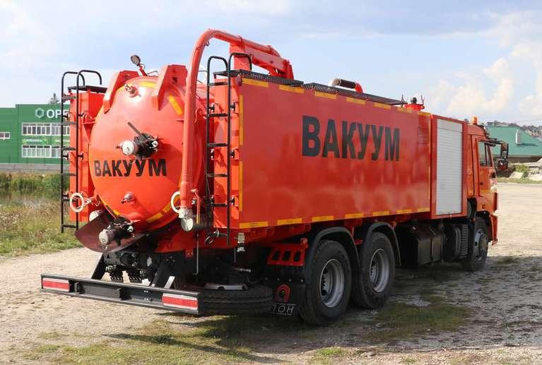 Комбинированная вакуумная машина КМВС-10/5 на шасси КАМАЗ 65115-50 (насос Jurop PNR-122)