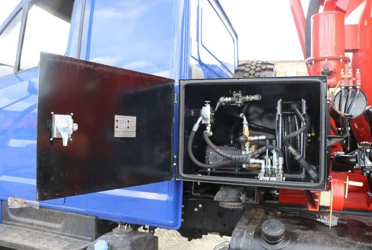 Автоцистерна АКНС-10 на шасси УРАЛ NEXT
