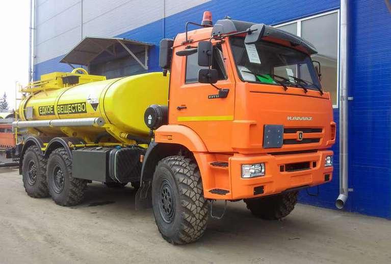АЦН-10 на шасси КАМАЗ 43118-50 (Едкое вещество)