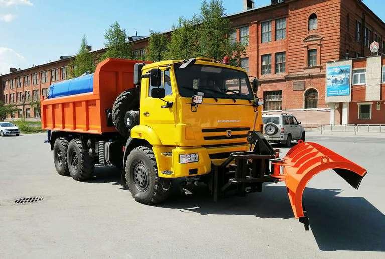 Комбинированная дорожная машина на шасси КАМАЗ 43118-50 (поливомоечная)