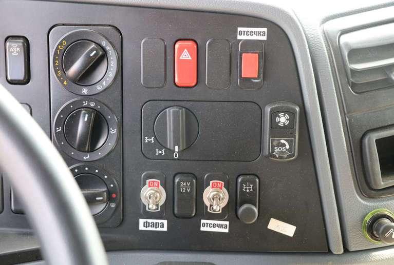 Вакуумная машина МВ-19 на шасси КАМАЗ 6520 (Люкс)