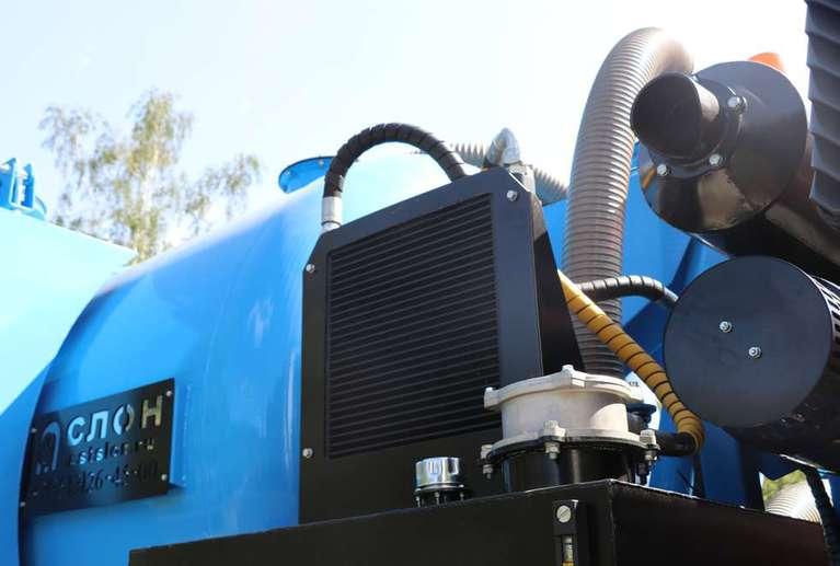 Вакуумная илососная машина МВС-10 на шасси МАЗ 534025 (насос DL-250)