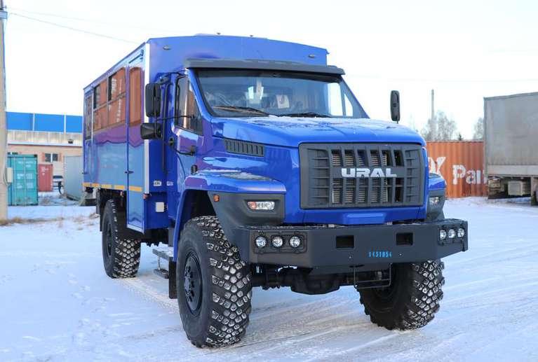 Вахтовый автобус Урал NEXT 32552-71Е5 (20 мест)