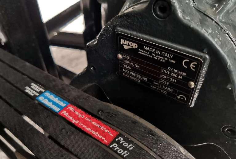 Вакуумная илососная машина МВС-8 на шасси КАМАЗ 53605 (насос PVT-200)