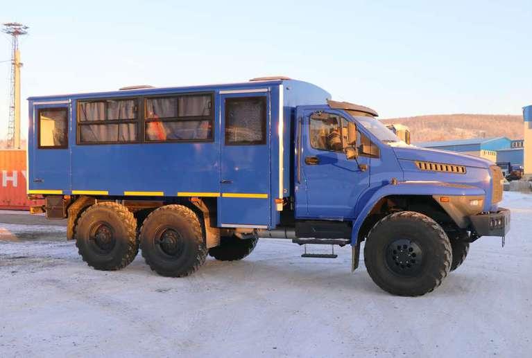 Вахтовый автобус Урал NEXT 32551-71Е5 (20 мест)