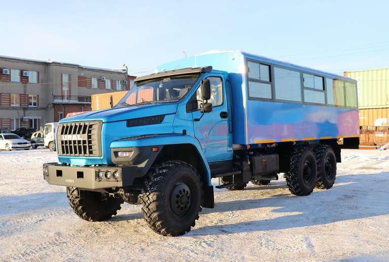 Вахтовый автобус Урал NEXT 3255-5013-71Е5 (28 мест)