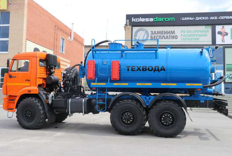 Автоцистерна АКН-10 на шасси КАМАЗ 43118-50 (техвода)