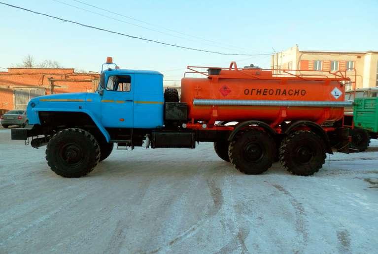 Автоцистерна АЦ-10 Урал 4320