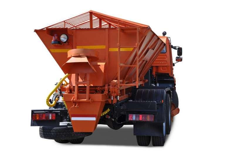 Комбинированная дорожная машина Р-65115 на шасси КАМАЗ 65115