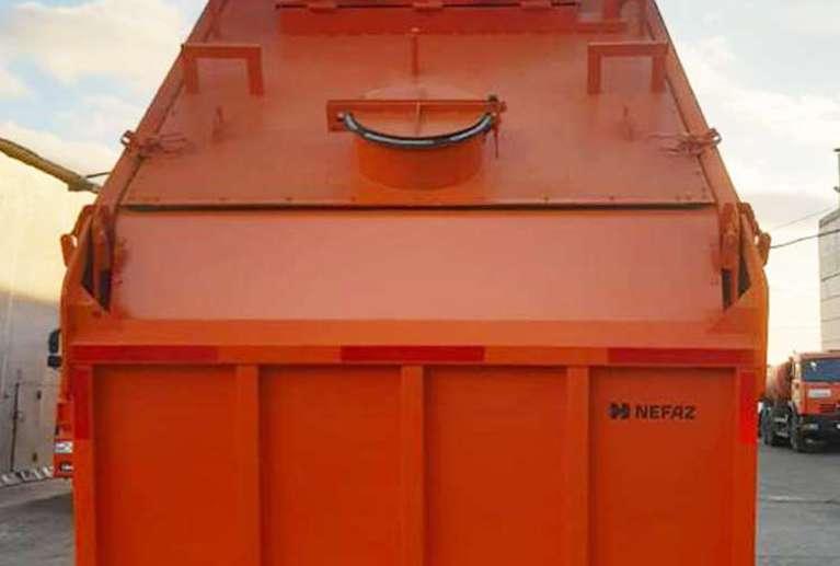 Самосвал-шламовоз на шасси КАМАЗ 6520-53