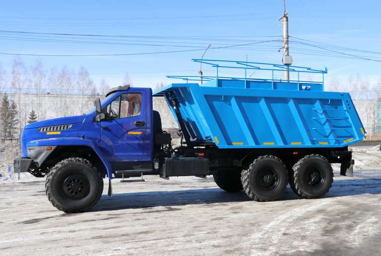 Самосвал-шламовоз Урал NEXT 4320-6952-74Г38