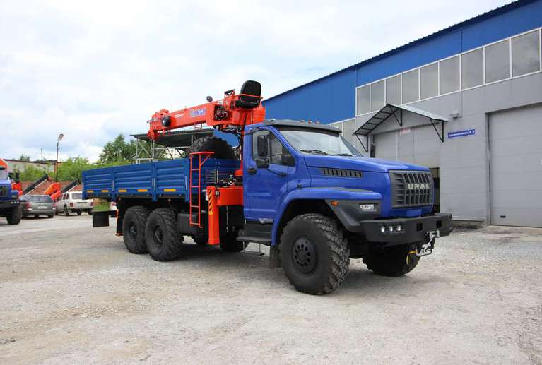 Бортовой автомобиль Урал NEXT 4320-72Е5Г38 с КМУ Kanglim 1256G-2
