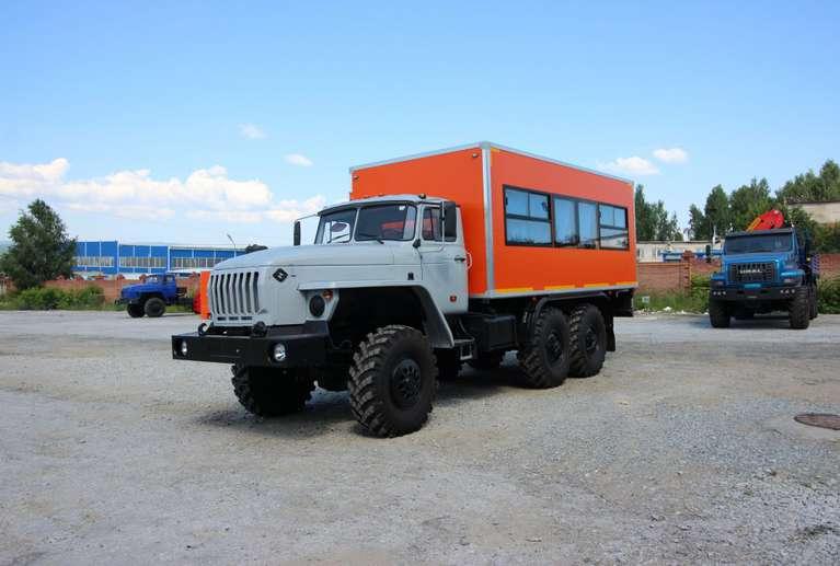 Вахтовый автобус УРАЛ 4320 (капотный) (20 мест)
