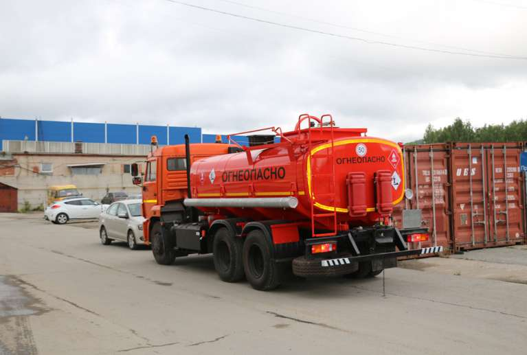 Автоцистерна АЦ-10 Камаз 65115