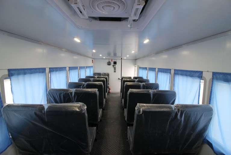 Вахтовый автобус КАМАЗ 43118-50 (без спального места) (28 мест)