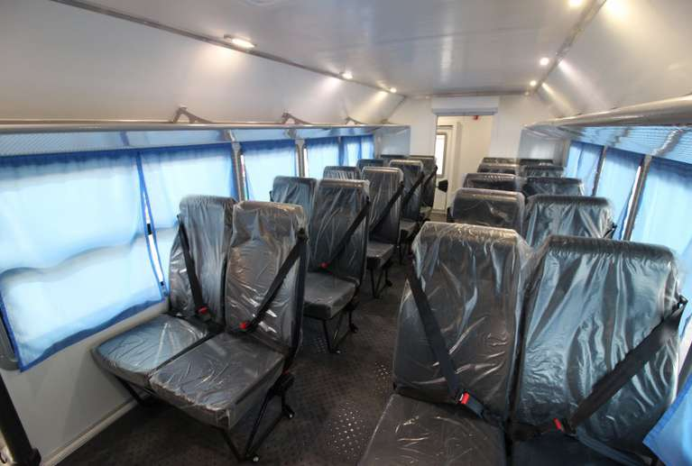 Вахтовый автобус КАМАЗ 43118-50 (22 места)_сиденья в салоне кузова-фургона