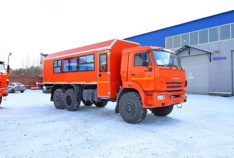 Вахтовый автобус (с грузовым отсеком) КАМАЗ 43118-50 (22 места)