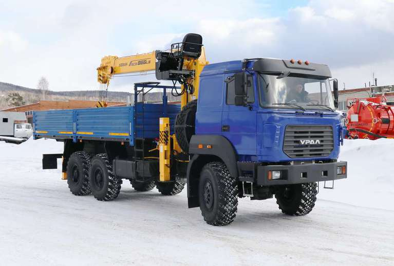 Бортовой Урал 4320-80М (бескапотный) с КМУ Soosan SCS866LS
