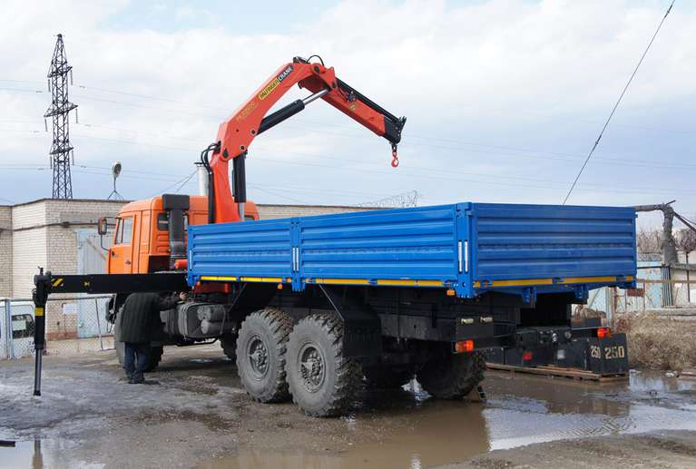 Бортовой автомобиль КАМАЗ 43118-50 с КМУ Palfinger PK-23500А