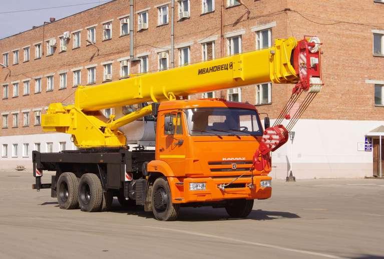 Автокран ИВАНОВЕЦ КС-45717К-1Р (ОВОИД) на шасси КАМАЗ-65115