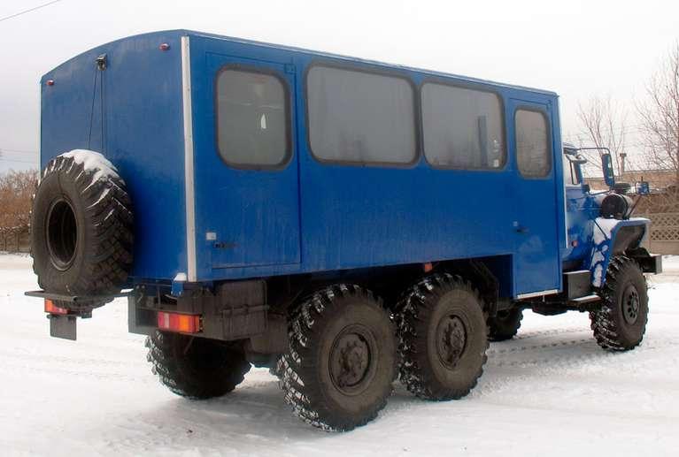Вахтовый автобус Урал 32551
