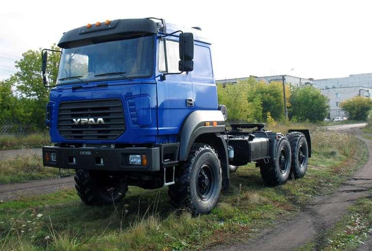 Седельный тягач Урал 44202 бескапотный